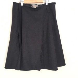 Burberry wool pleated skirt